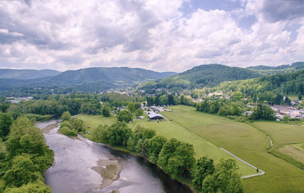 Panoramic view of Five Rivers Campground